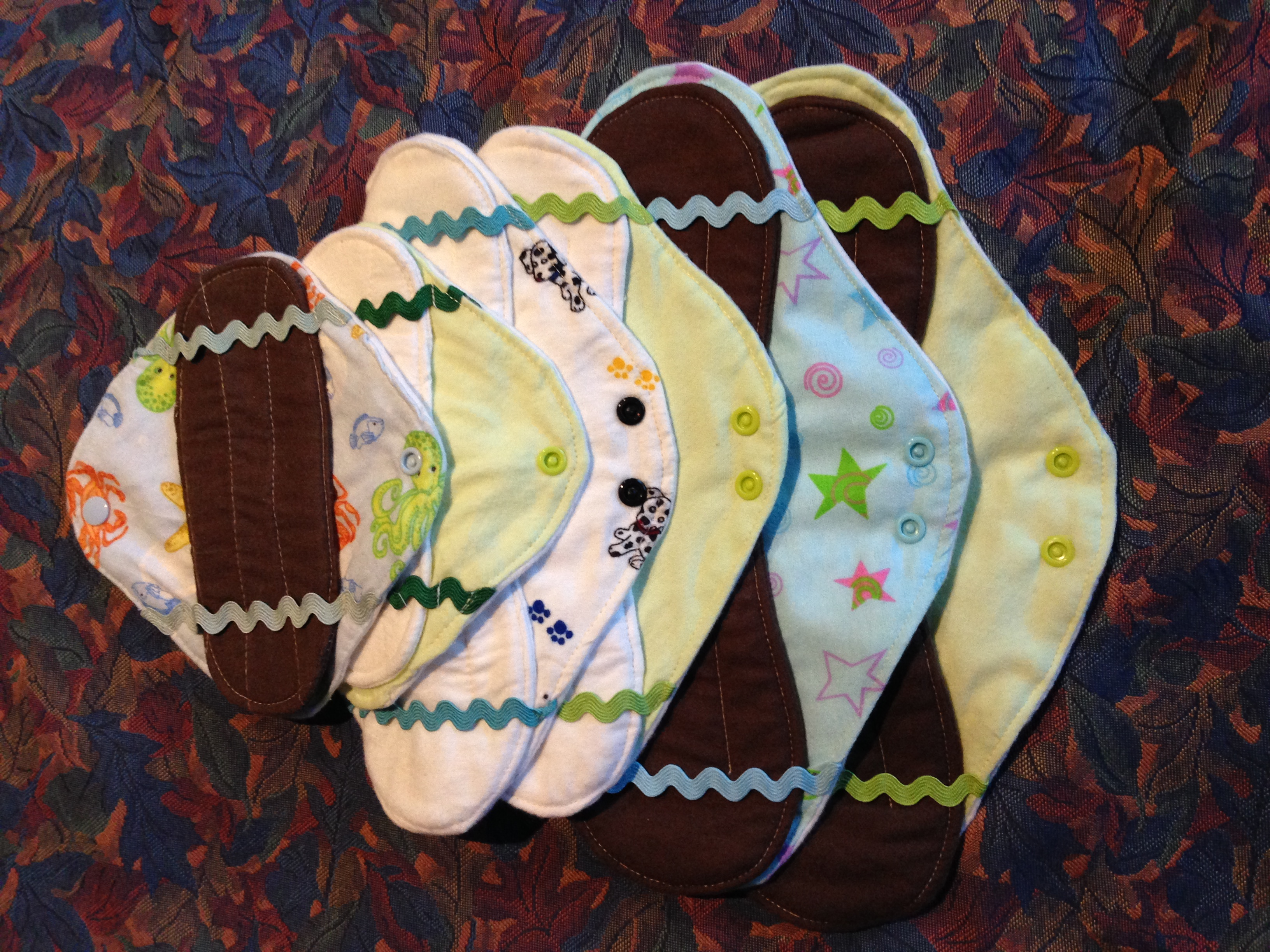 L/M 6 Piece Cloth Pad Kit